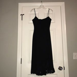 Beautiful black Cache dress with lace trim